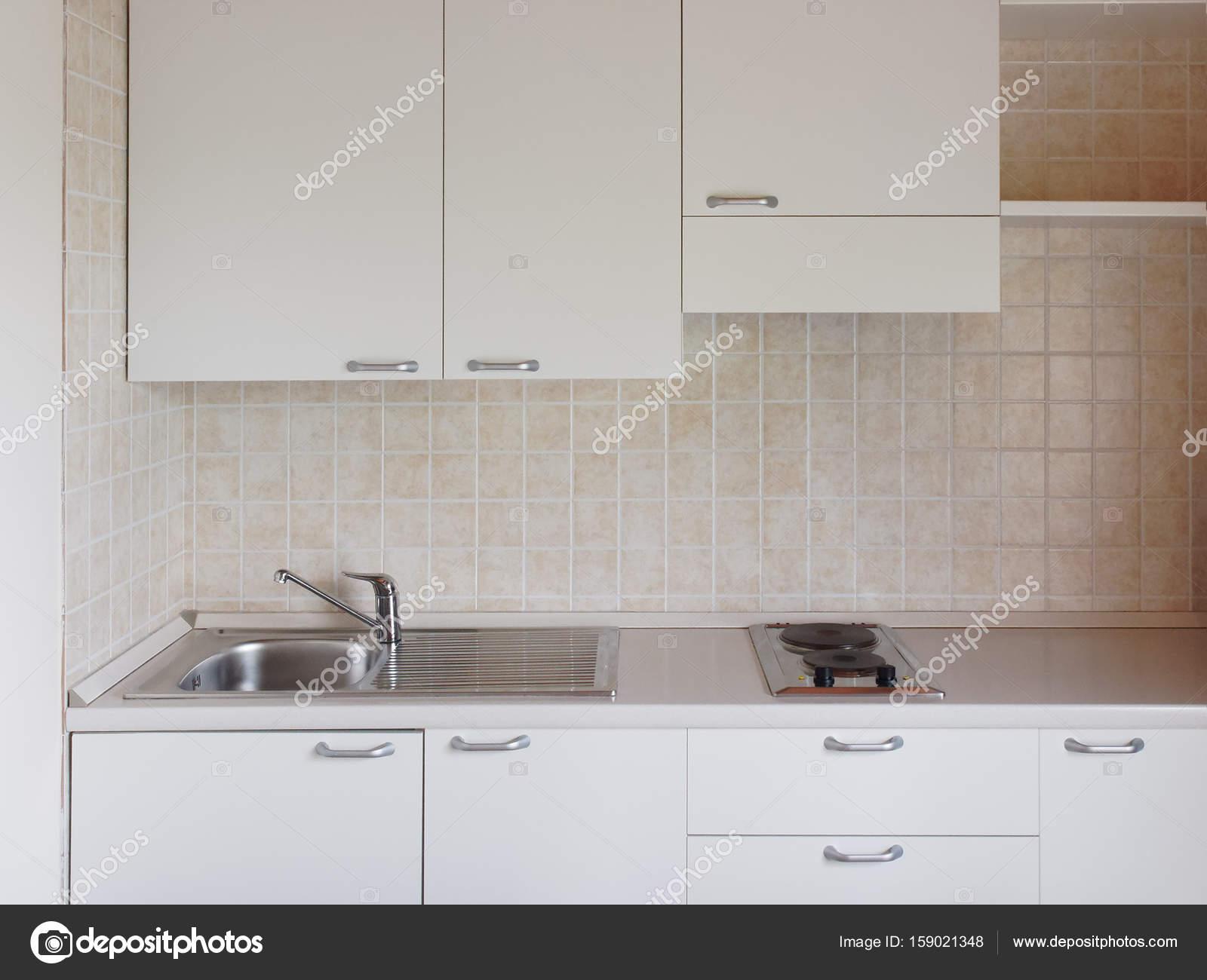 Interno di primo piano della nuova cucina moderna — Foto Stock ...