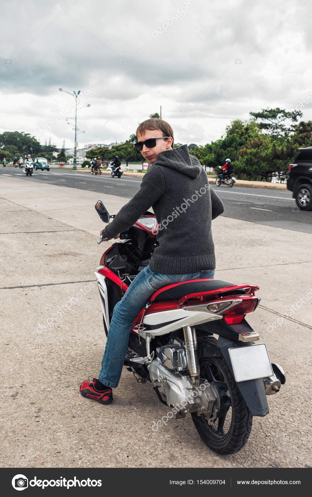 Motorrad ohne jacke