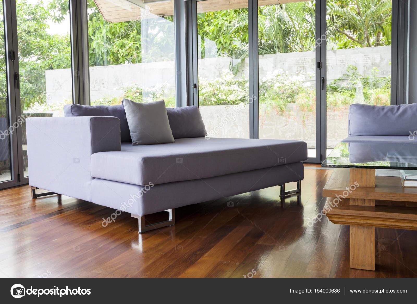 Modernes Wohnen Ruheraum mit sofa — Stockfoto © panya9966 #154000686