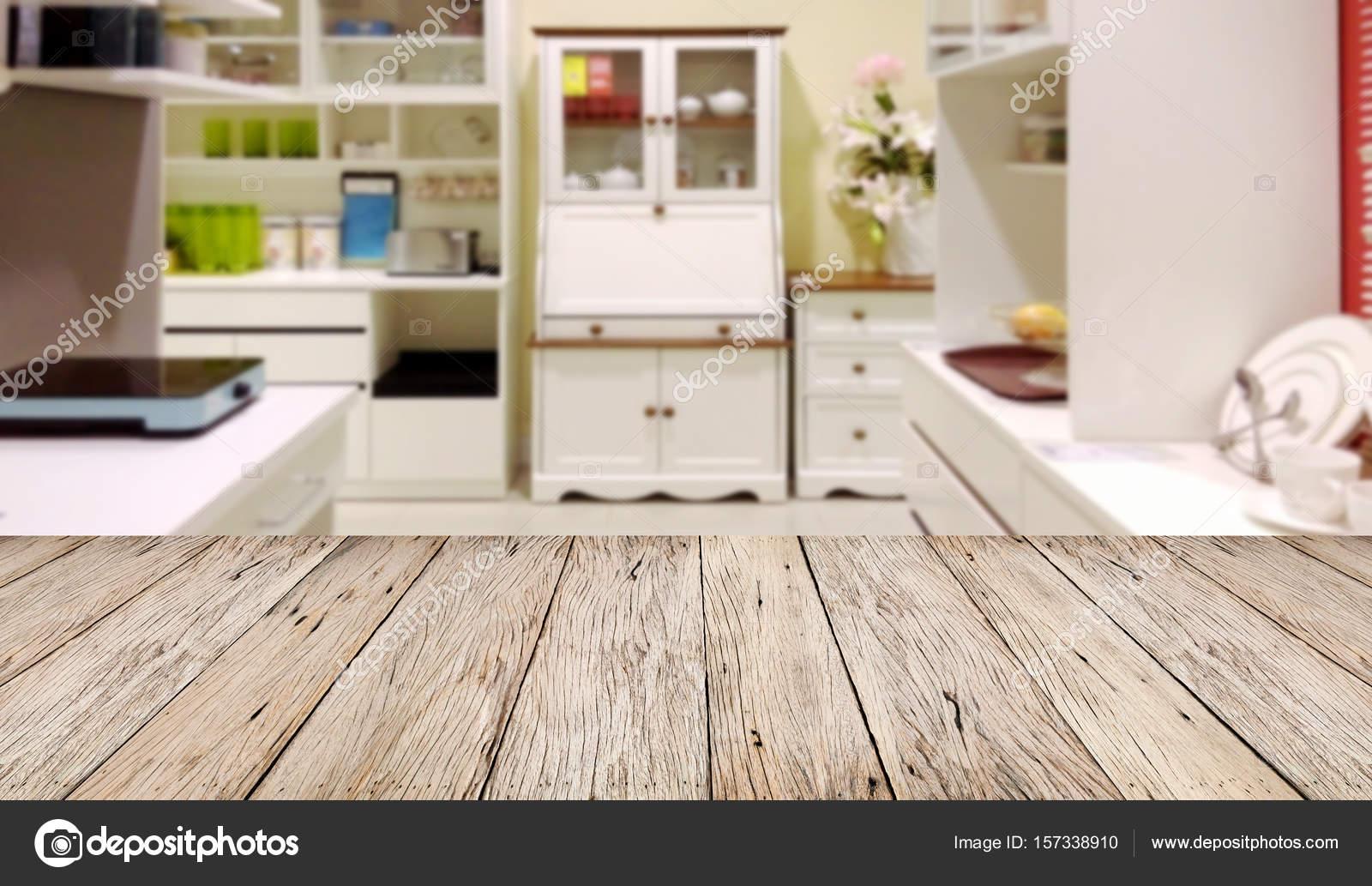 Üres fából készült asztal padló elmosódott kép a modern konyha ...