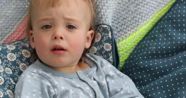 Portrét chlapečka 18 měsíců věku