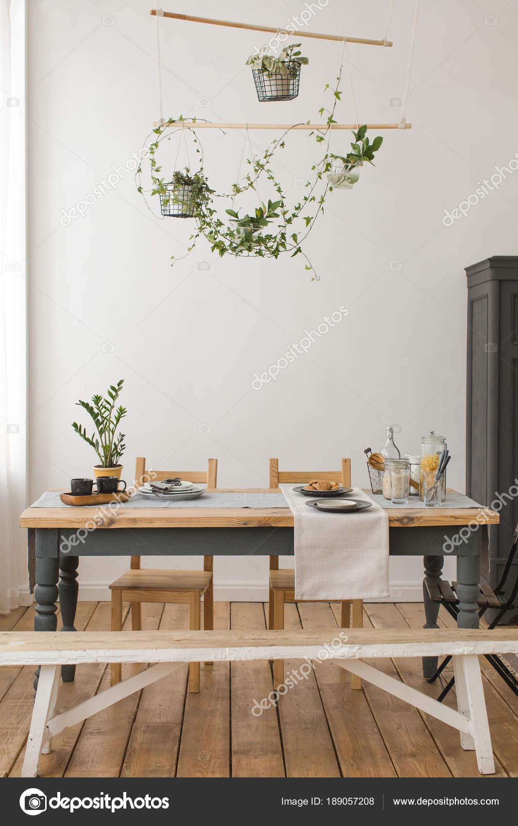 Innenansicht der rustikale Küche — Stockfoto © 371819 #189057208
