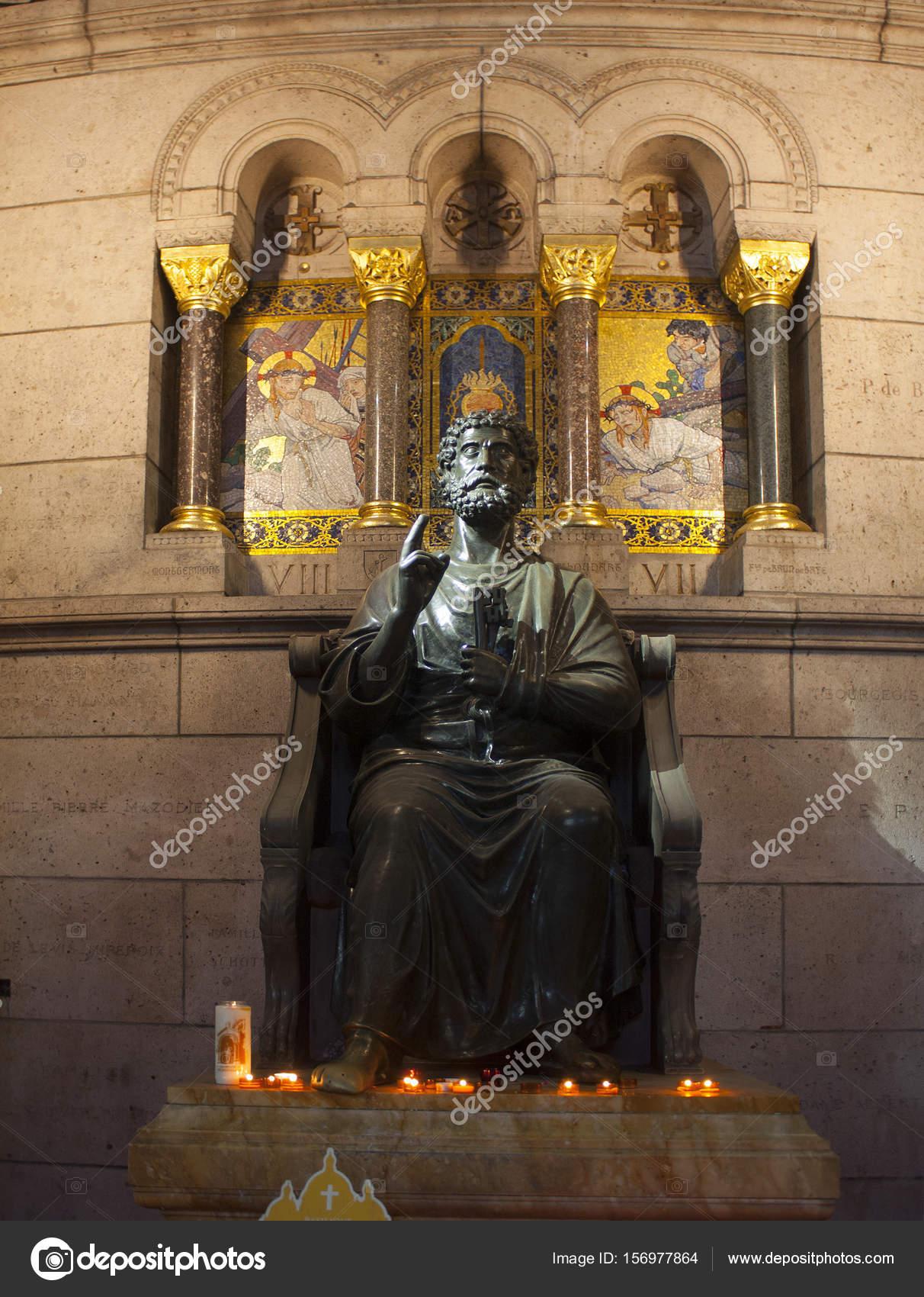 La sculpture de la cathédrale Sacré-Coeur