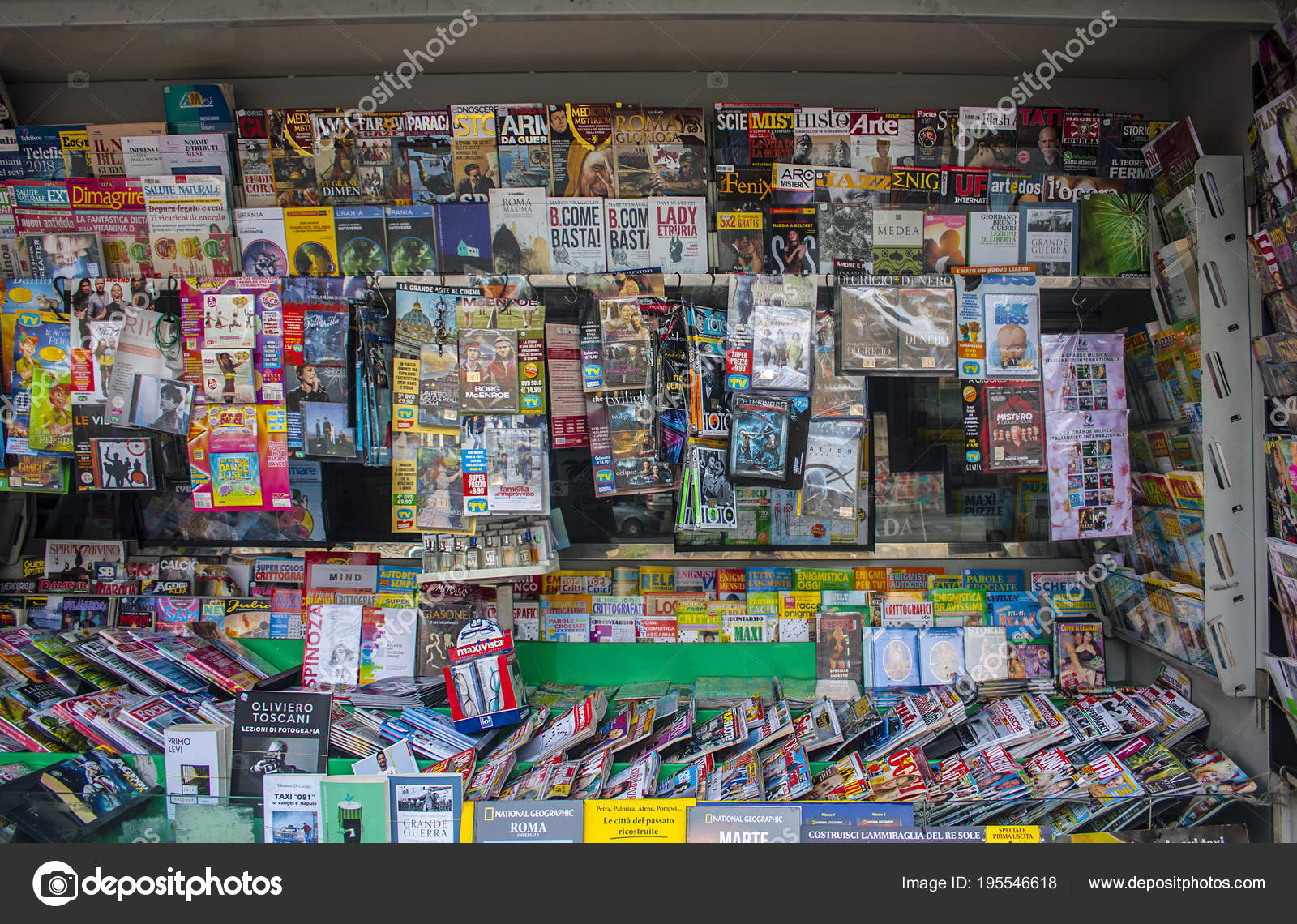 Nápoles Itália Março 2018 Banca Jornais Revistas Nápoles