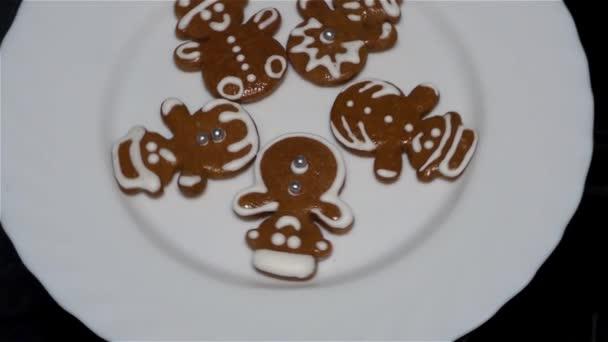 Karácsonyi cookie - mézeskalács - házi készítésű karácsonyi sütik