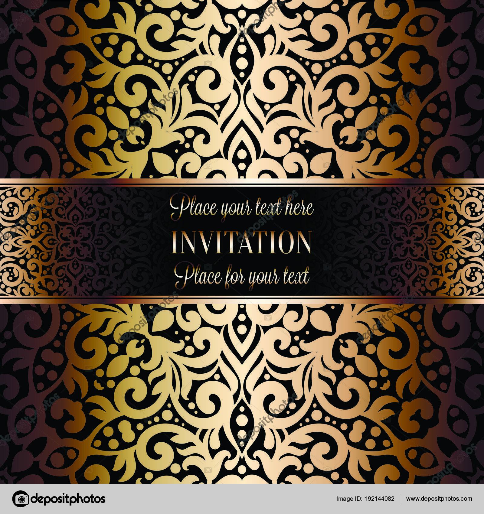 009ba623ae Arany esküvői meghívó sablon Kártyatervező damaszt mintás háttérrel.  Hagyomány dekoráció esküvőre, barokk stílusban– stock illusztrációk