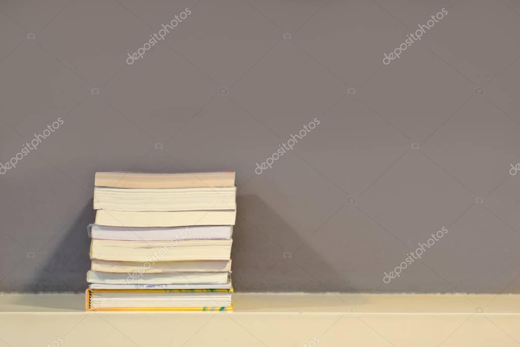 Boekenplank Met Verlichting.Boek Plank Met Schaduw Verlichting In De Bibliotheekkamer Van Mijn
