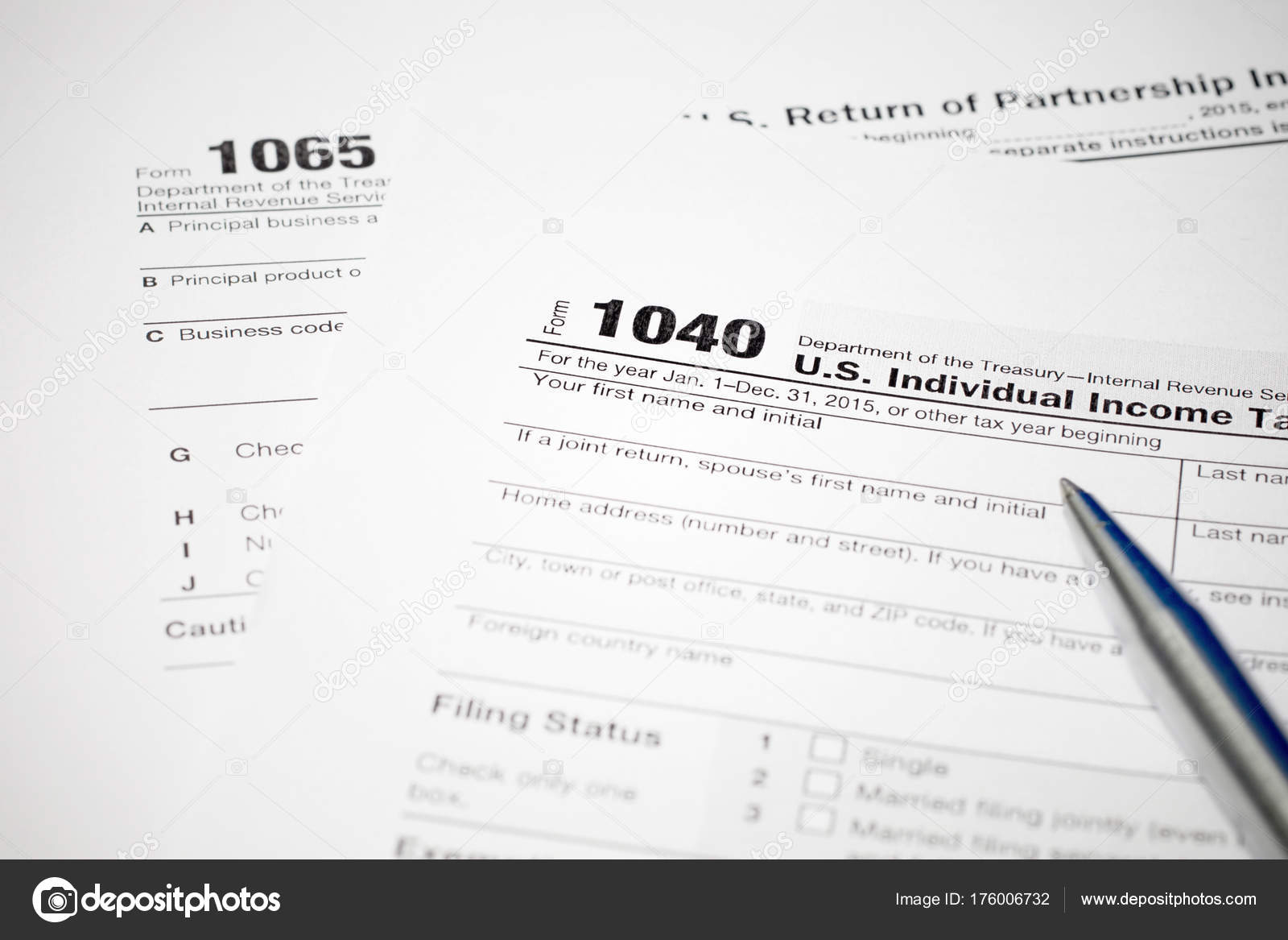 form 1065 and 1040  Tax Form 8 8 Pen — Stock Photo © mantinov #8