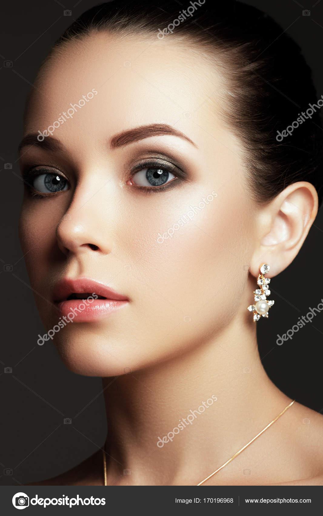 Винтаж измена роскошные дамы нагие два трахает красивую