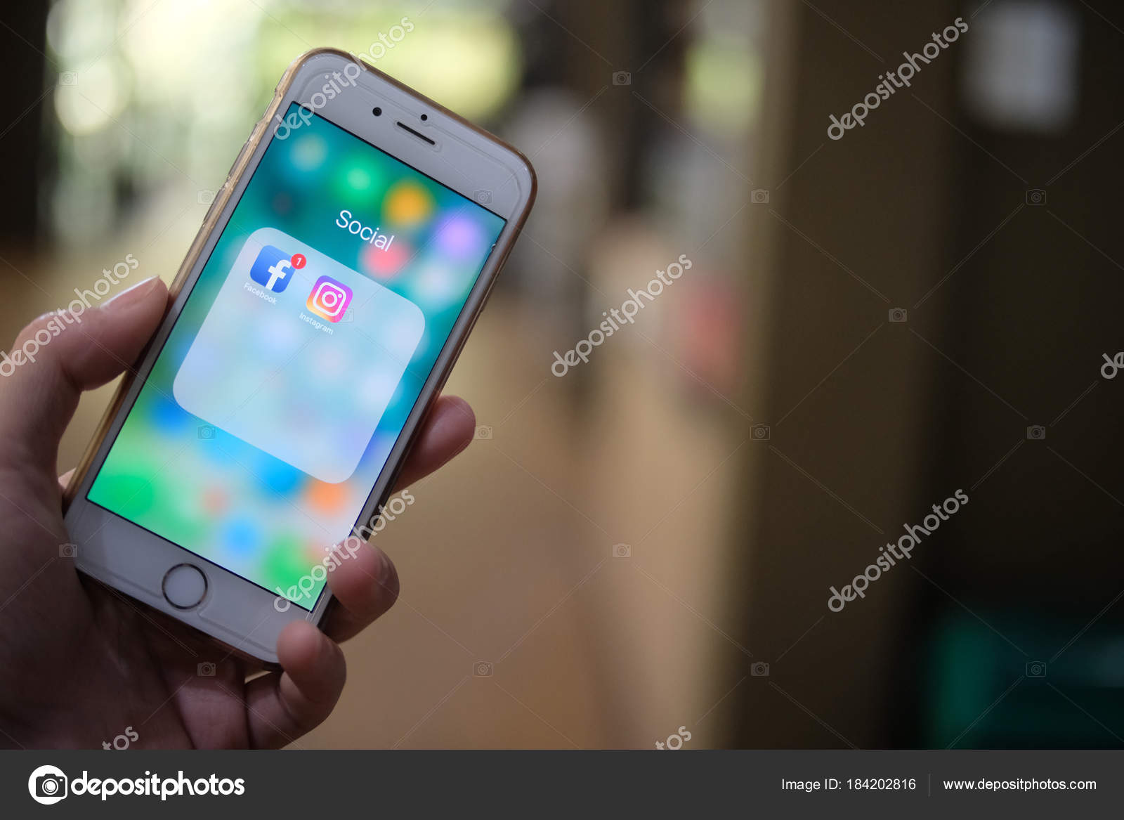 Chiang Mai Thailandia 17 Gennaio 2017 Uomo In Possesso Di Iphone