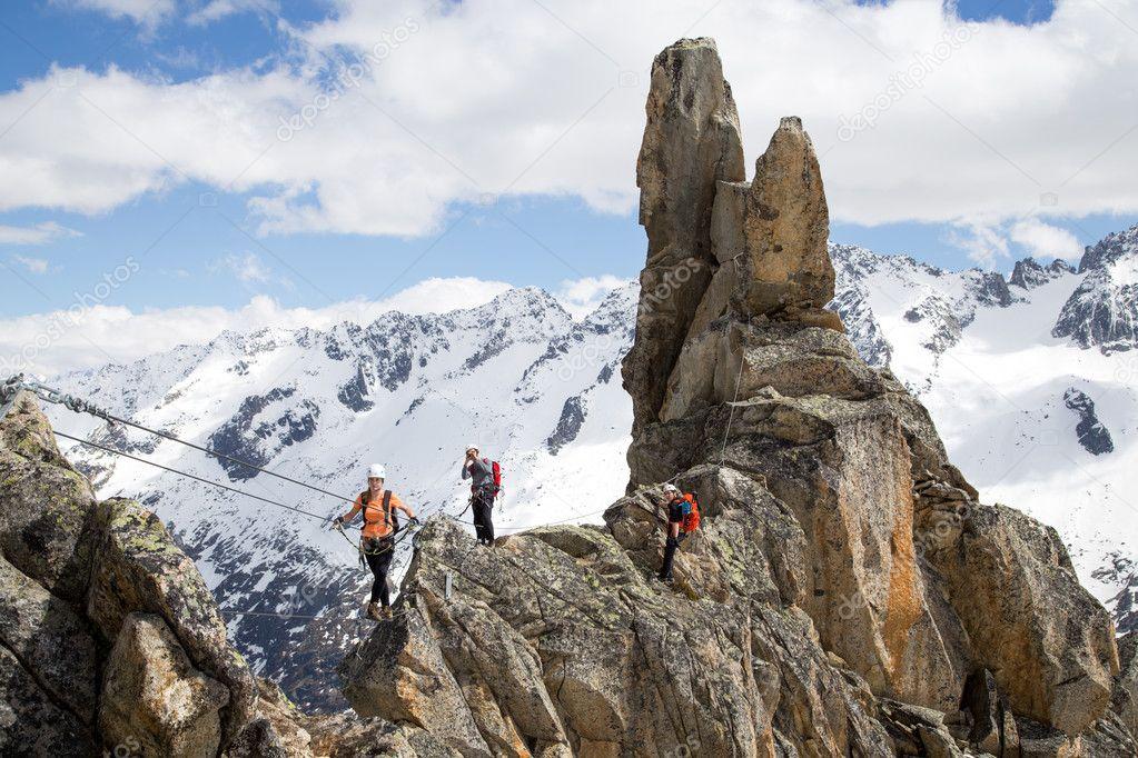 Klettersteig Schweiz : Klettersteig der lange weg am tällistock bergwelten