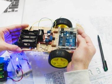 Robotics creation with arduino uno microcontroller