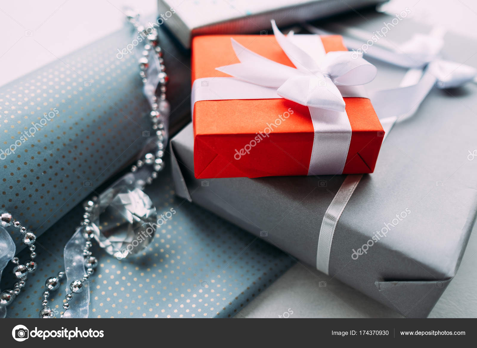 luxury jewelry gift for top class grey background — Stock Photo ...
