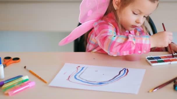 gyermek lány rajz iskola tehetség