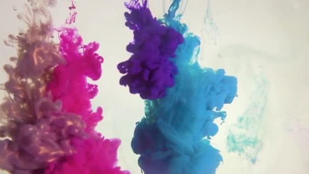 vernice effetto sparo sovrapposizione blu rosa fumo nube