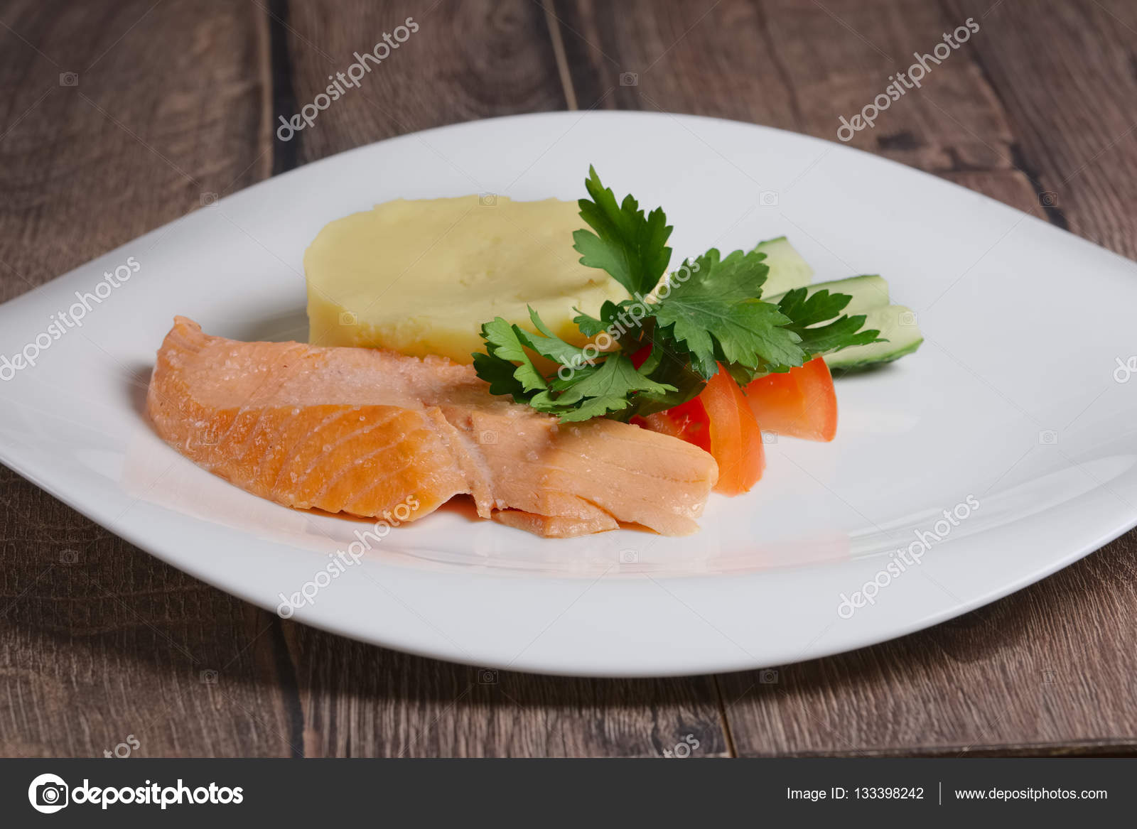 Patates Püreli Somon Izgara Tarifi