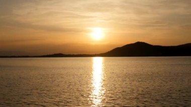 arany Naplemente-tó felett