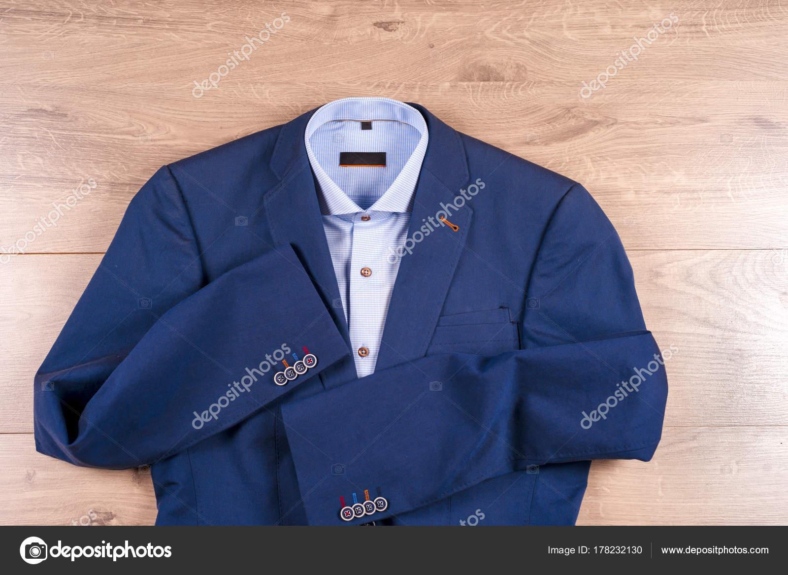 nouveau style 4748b 50d7a Ensemble de vêtements classique mens - costume bleu ...
