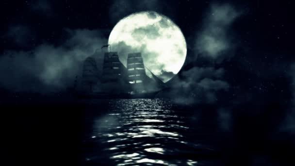 Stará Plavba lodi uprostřed noci v oceánu na pozadí úplňku