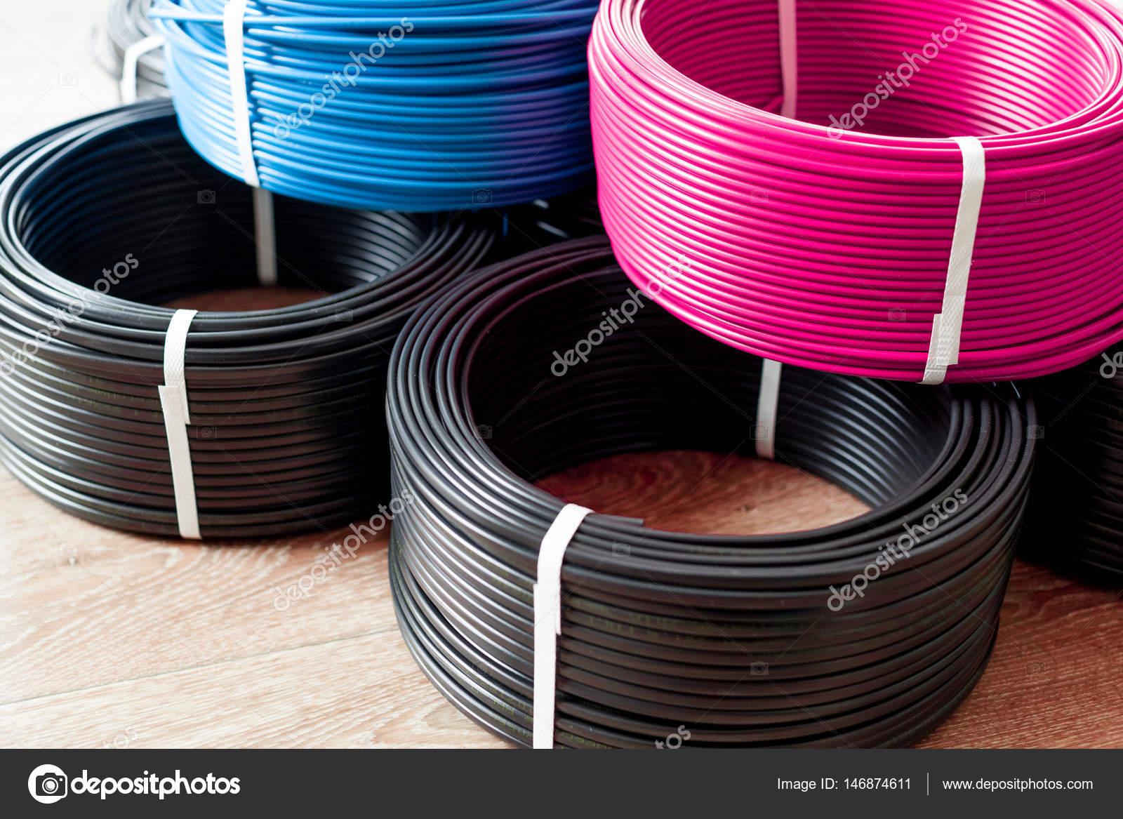 Farbige Elektrokabel farbige kabel stockfoto fotofabrika 146874611