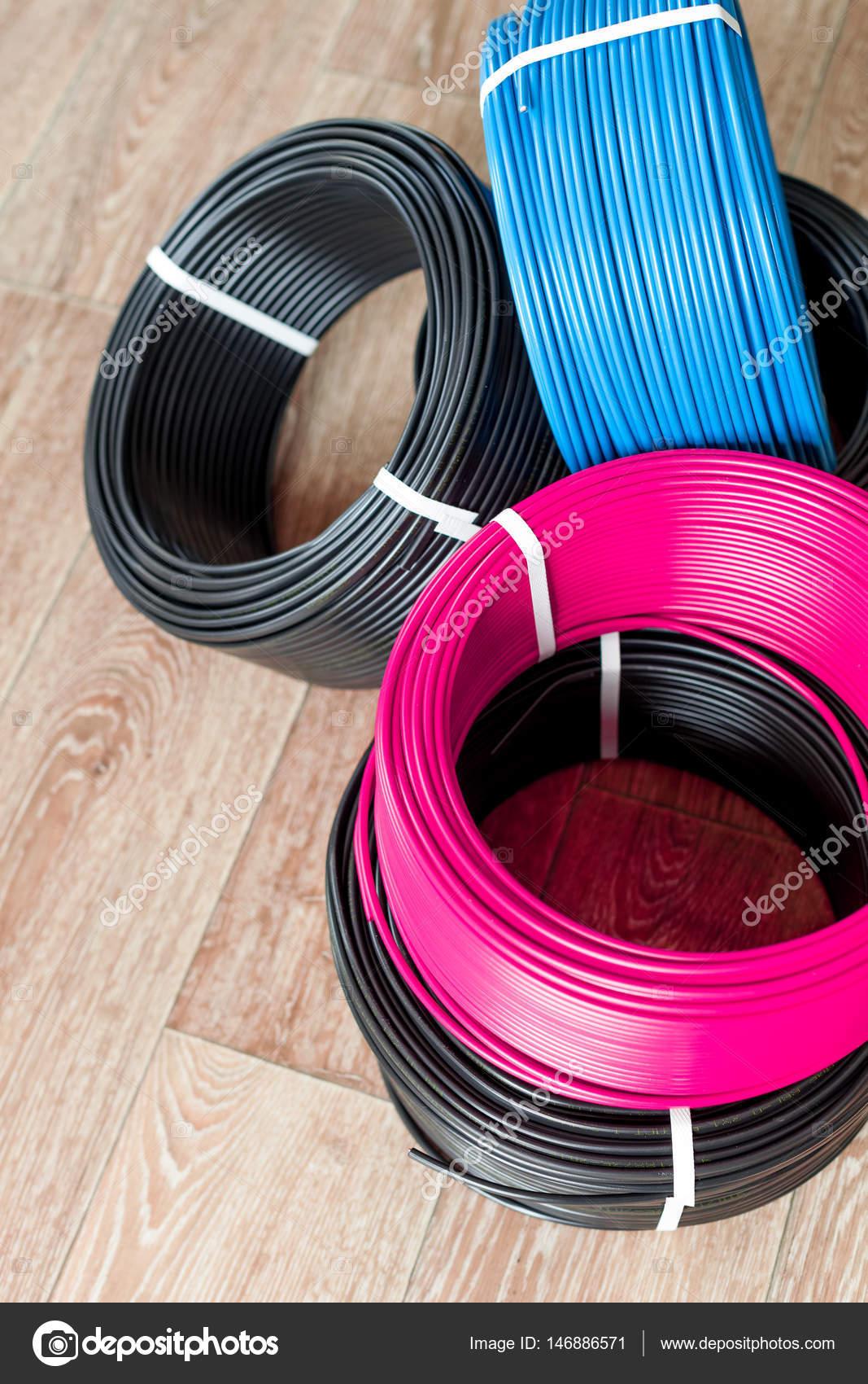 Farbige Elektrokabel farbige kabel stockfoto fotofabrika 146886571