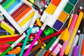 Photo Colorful Stationery objects close up