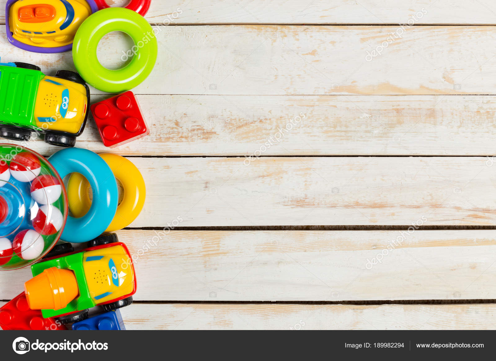Niños Sobre Conjunto Los De Stock Madera Fotos — Juguetes Fondo N0w8Oyvmn