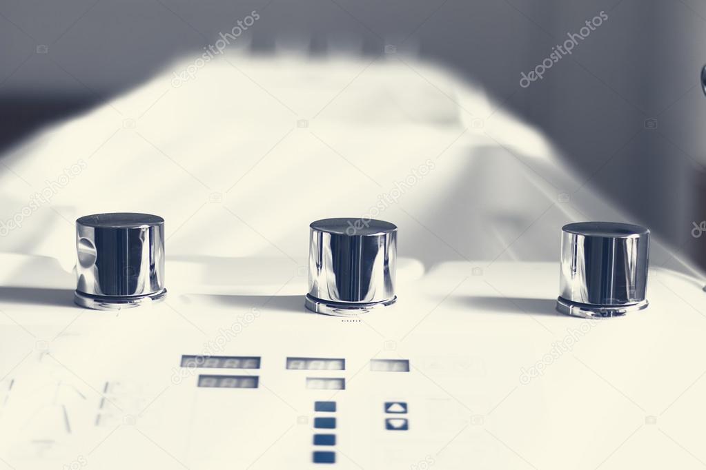 Vasca per terapia. Vasca da bagno galvanico. Elettroterapia — Foto ...