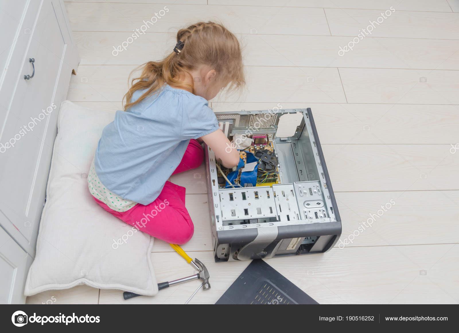 Dívka stříkat stroj