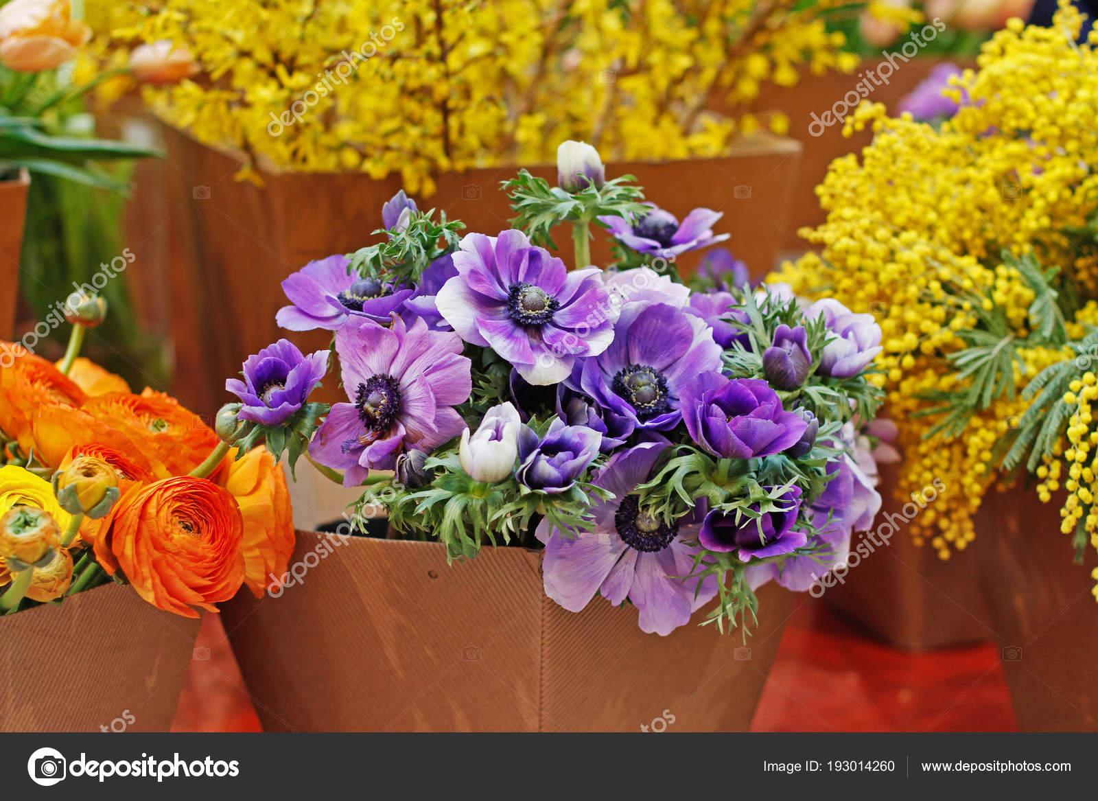 Bouquets Beautiful Anemone Ranunculus Mimosa Flowers Paper Flower