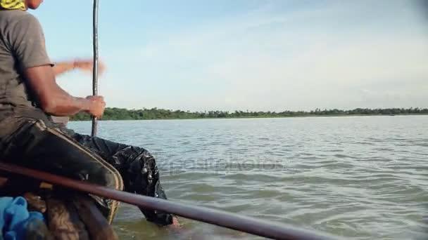 muž s rybářská síť