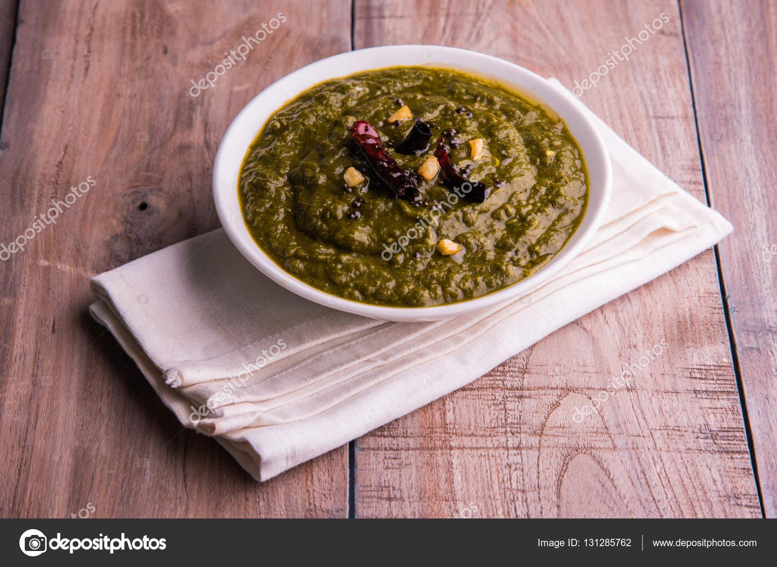 Nordindische Küche   Makki Di Roti Und Sarso Ka Saag Beruhmte Nordindische Kuche