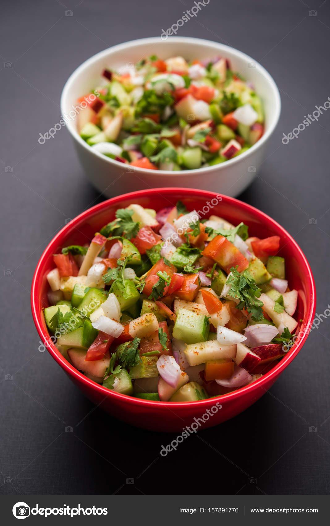 Indien vert salade galement connu sous le nom de kachumber est un plat de salade color e dans - Plats indiens les plus connus ...