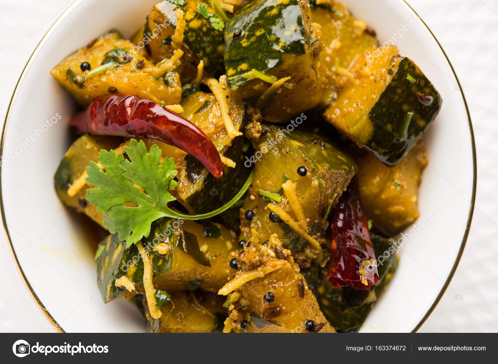 Popular indian main course vegetable pumpkin dry curry or kaddooor popular indian main course vegetable pumpkin dry curry or kaddooor kaddu ki sabzi in hindi forumfinder Images