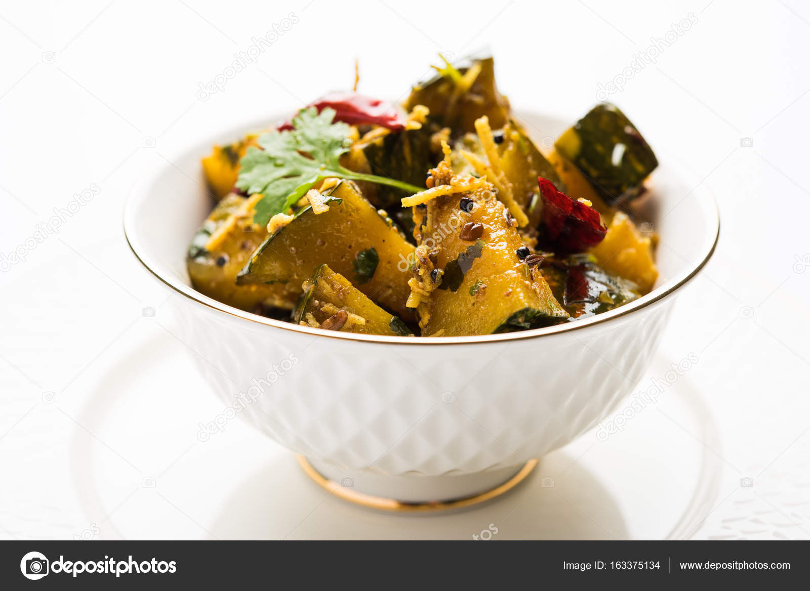 Popular indian main course vegetable pumpkin dry curry or kaddooor popular indian main course vegetable pumpkin dry curry or kaddooor kaddu ki sabzi in hindi forumfinder Image collections