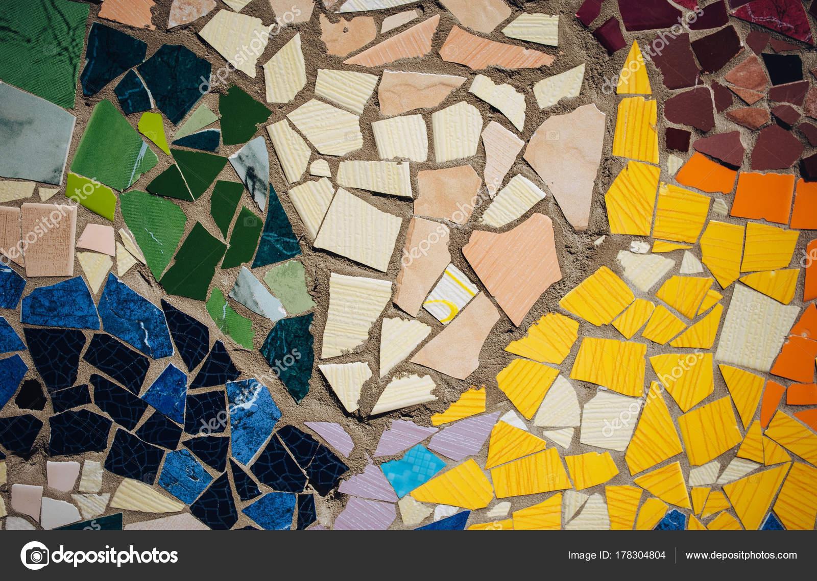 Ornamento decorativo della parete del mosaico ceramica rotto