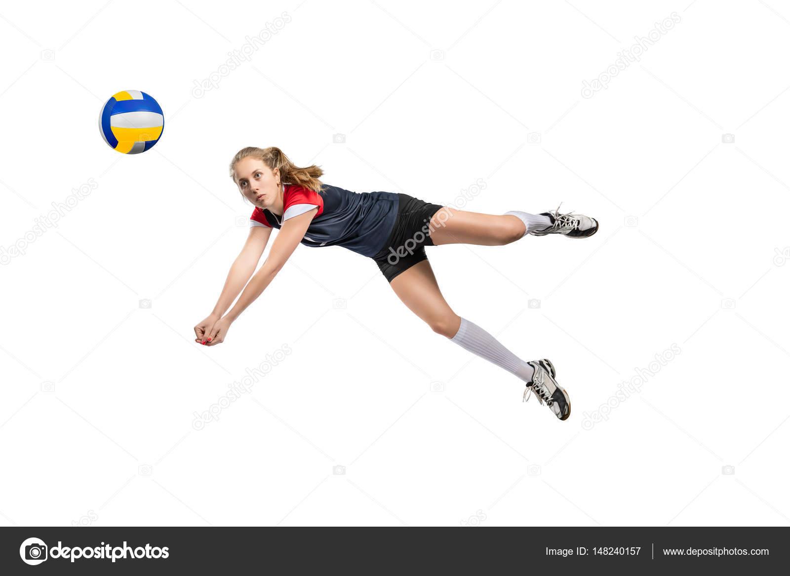 Jugador de voleibol femenino saltando por la pelota duro-a aislada sobre fondo  blanco — Foto de PastaSevenSeven 3670eeacd4be9