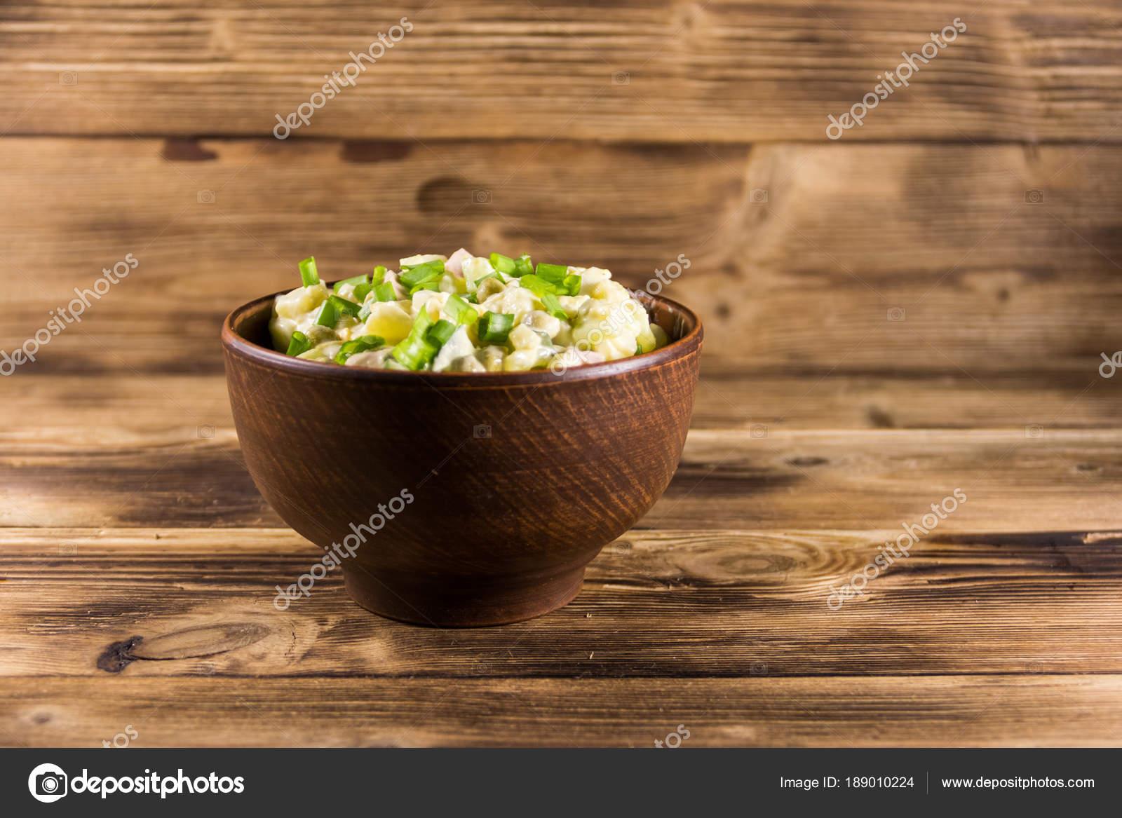 Традиционные салаты для праздничного стола