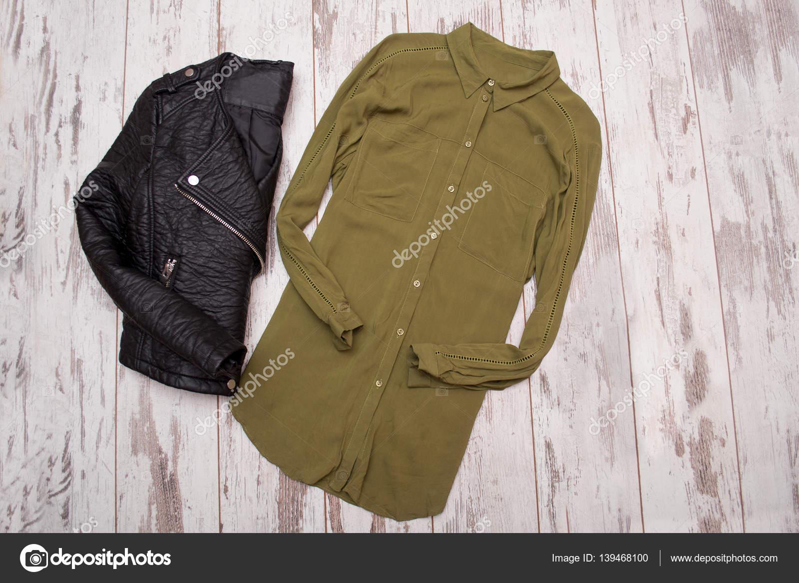 A giacca e pelle testo