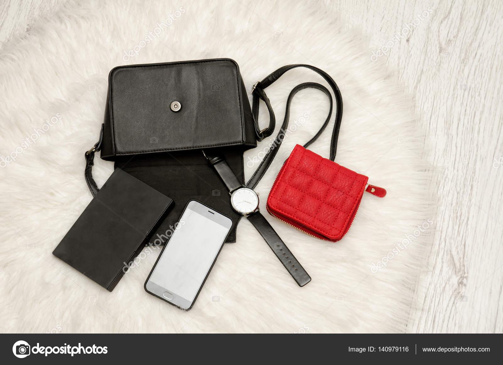 Сквирт российская фотки девушек с потерянных телефонов кунилингус раб домашних