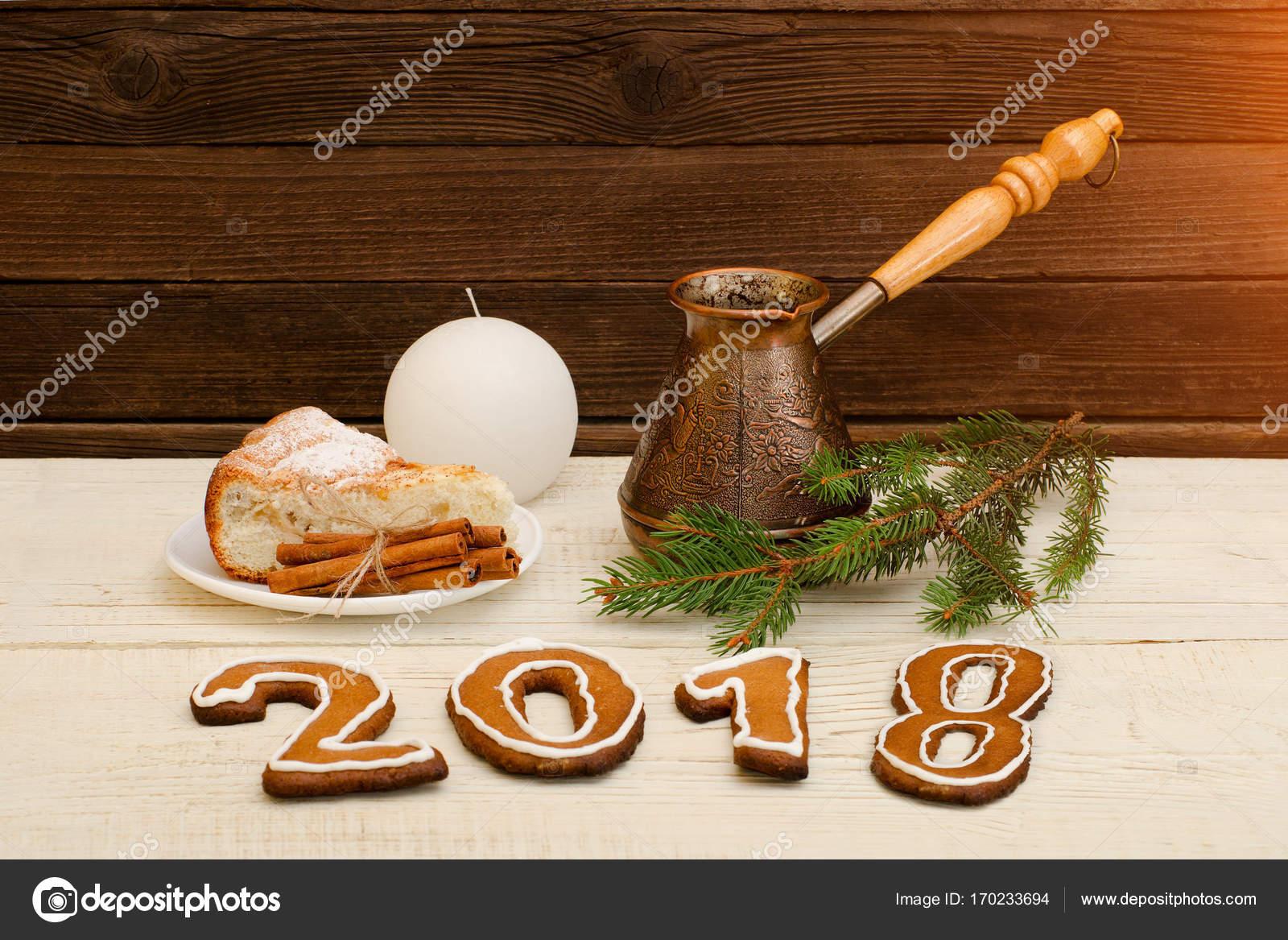 weihnachtsessen 2018 Weihnachtsessen, die Figur im Jahr 2018 von Lebkuchen, Fichte  weihnachtsessen 2018