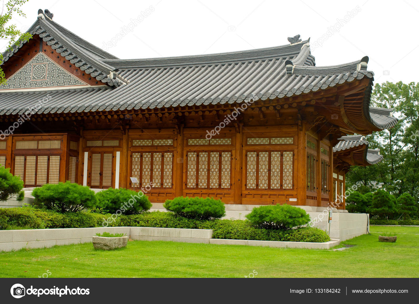 Traditional Korean House In Summer, South Korea U2014 Stock Photo