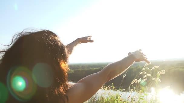 Insbesondere auf der Seite einer Frau in der Meditation: Yogaposition