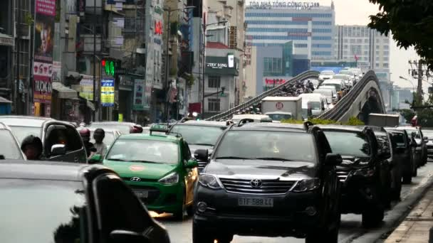 cause and effects of traffic jam in ho chi minh city 3 ho chi minh vietnam 2  the problem of traffic jam in hochiminh city puts a great challenge to the transportation authorities, because they.