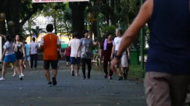 exercise morning in park