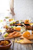 Jídlo a pití stůl, těší jídelna stravovací koncept