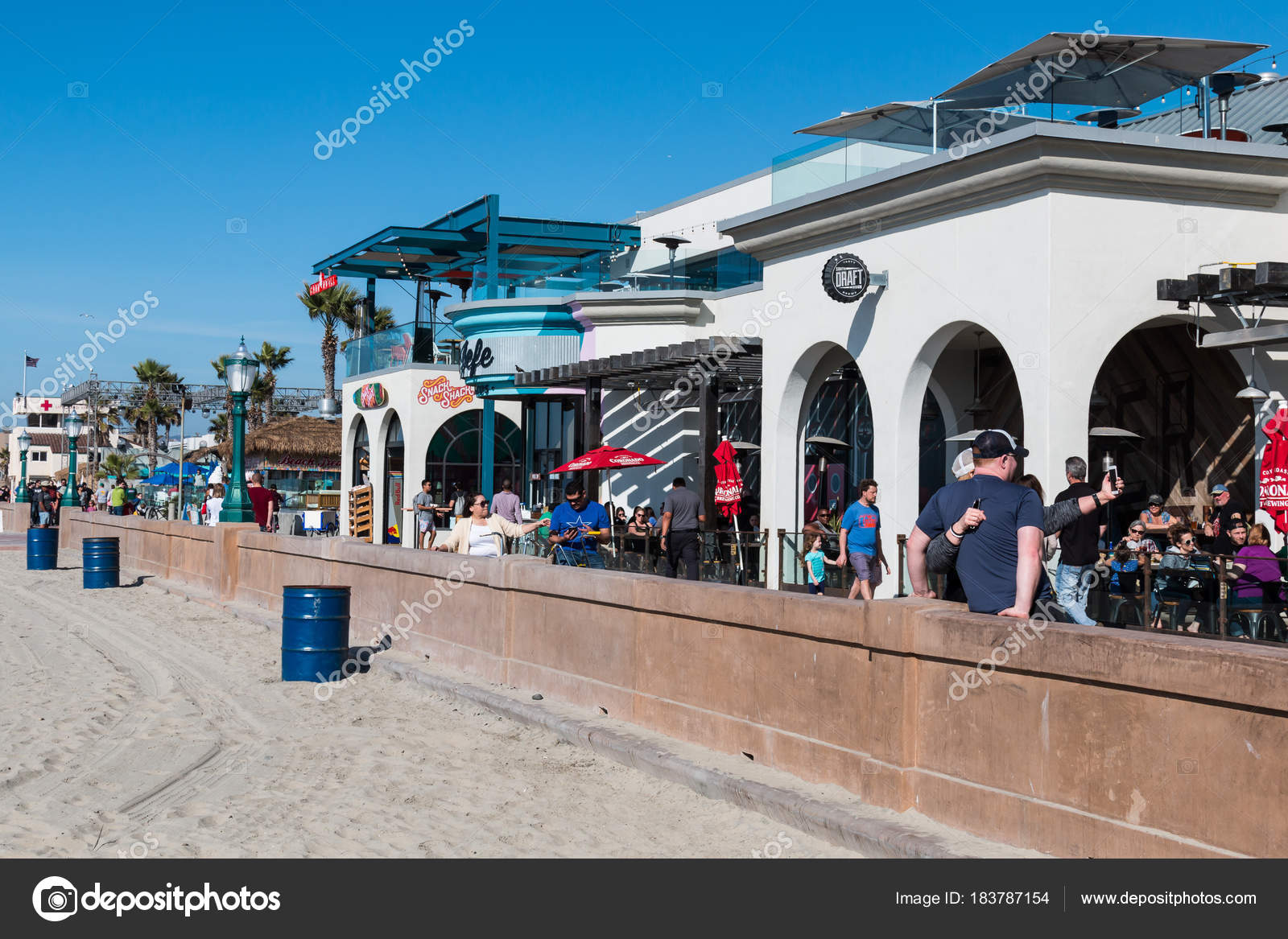 San Diego California February 2018 People Enjoy Sunny Day