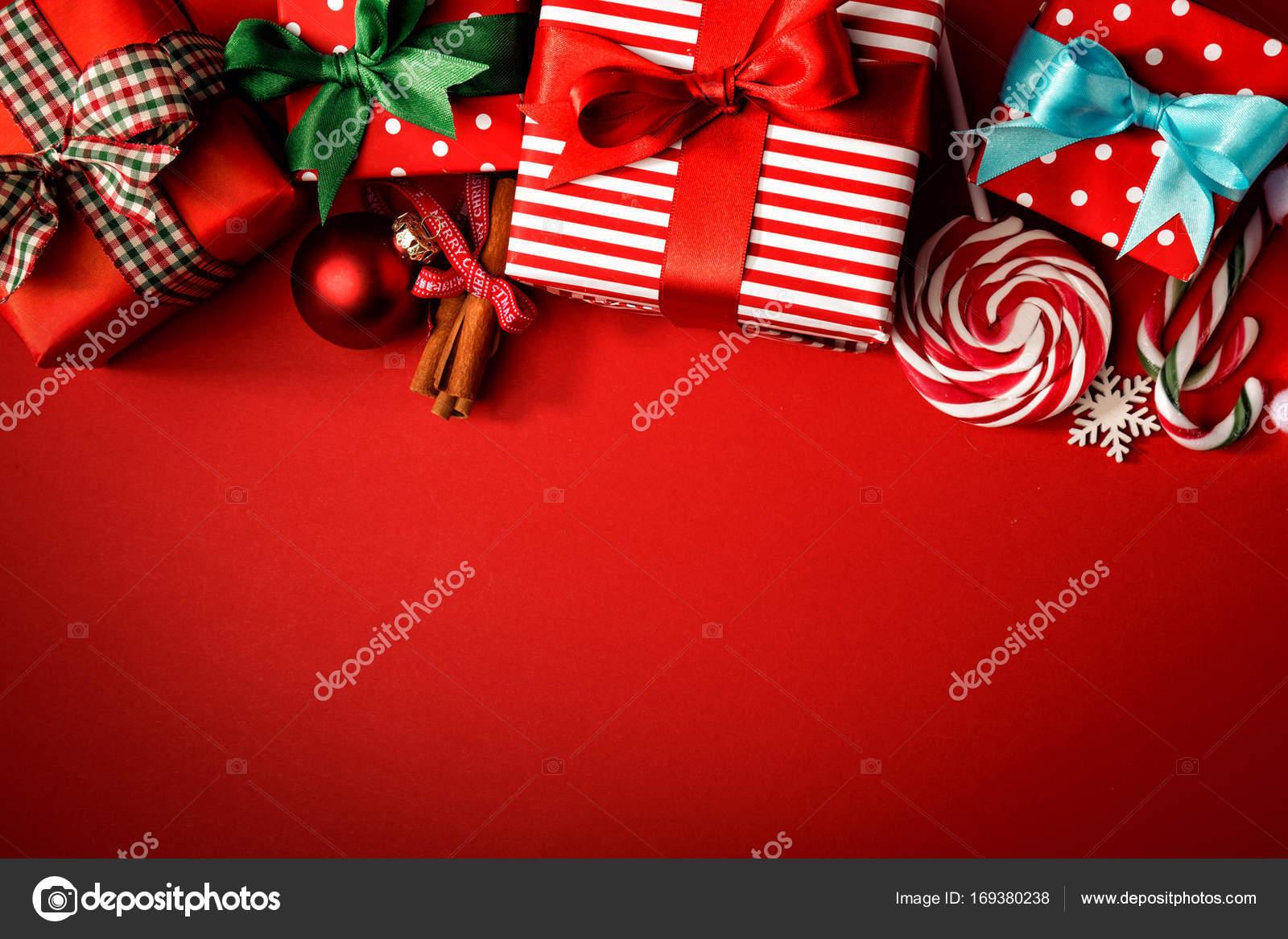 Kreative Komposition von Süßigkeiten und Geschenke — Stockfoto ...