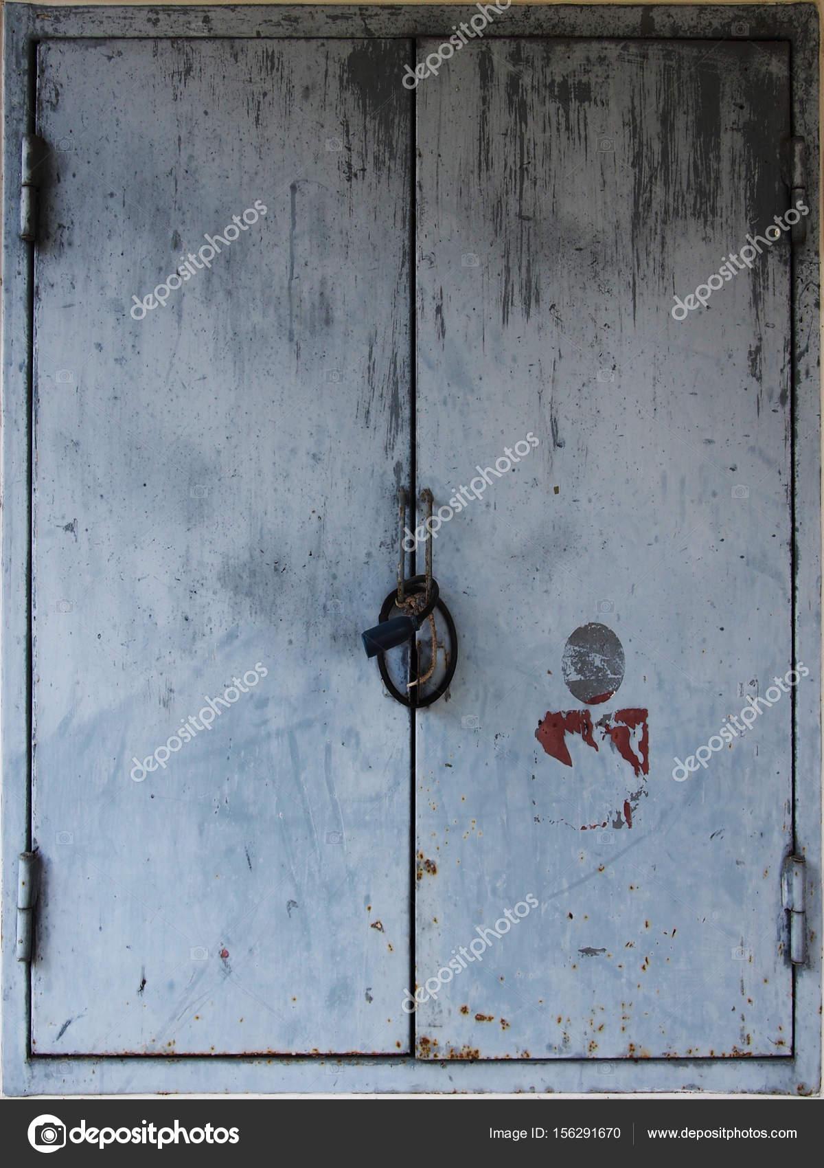 Gentil Rustic Weathered Metal Door Shutters U2014 Stock Photo