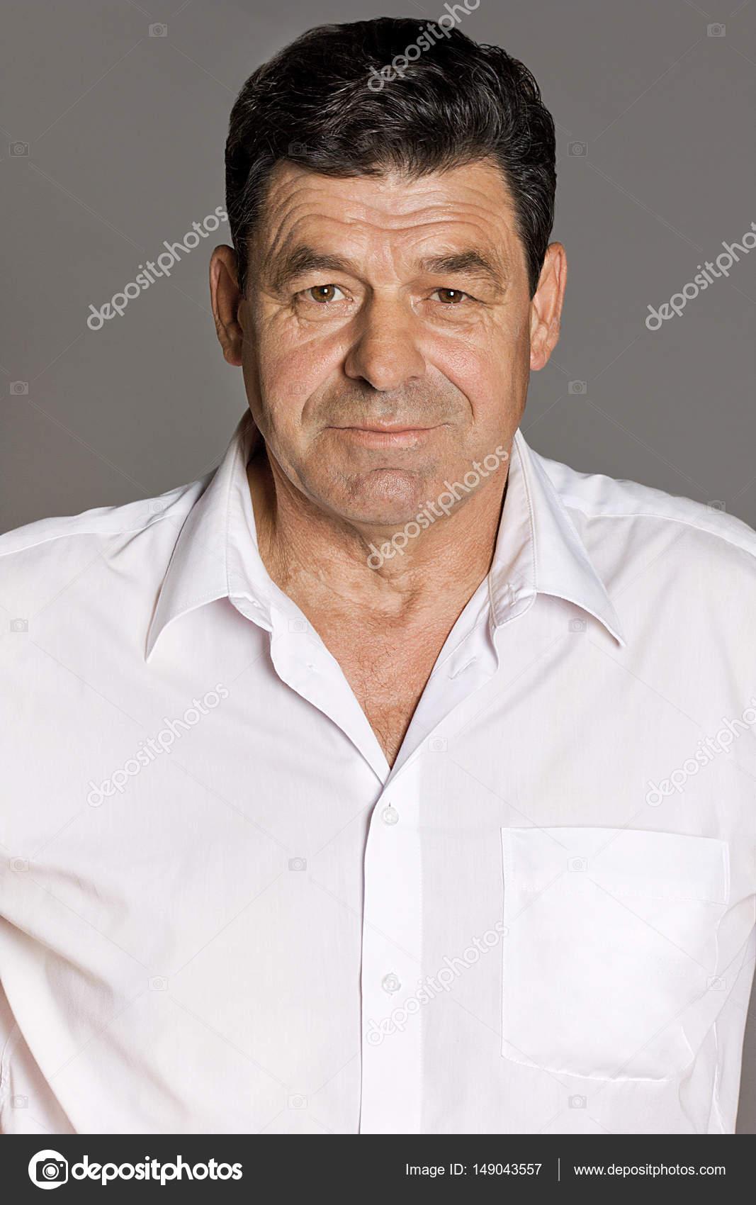 hombre de 60 anos